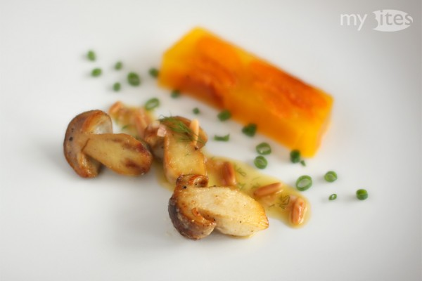 Apricot and Bell Pepper Terrine with Ceps and Dill-Vinaigrette