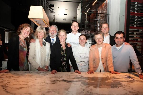 Zeit Cooking Competition 2011, the Jury (from left): Martina Olufs, Barbara and Wolfram Siebeck, Cornelia Poletto, myself, Noémi, Renate Künast, Ernst Petry, Ali Güngörmüs (© ZEIT-Verlag / Sina Preikschat)