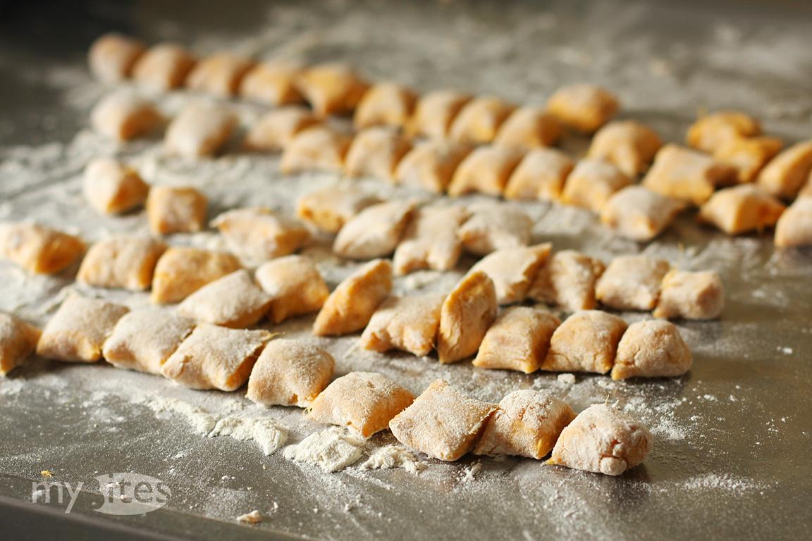 Sweet Potato Gnocchi with Cinnamon Ice Cream | myBites